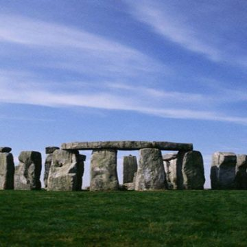 Stonhenge Tour by Helicopter
